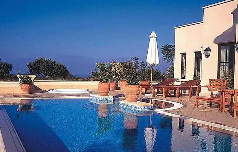 Aphrodite Hills Resort - Pool - 1