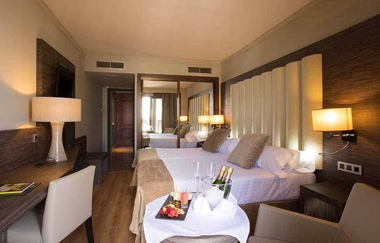 Sercotel Gran Luna de Granada - Room - 28