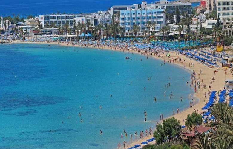 Okeanos Beach Hotel - Beach - 4