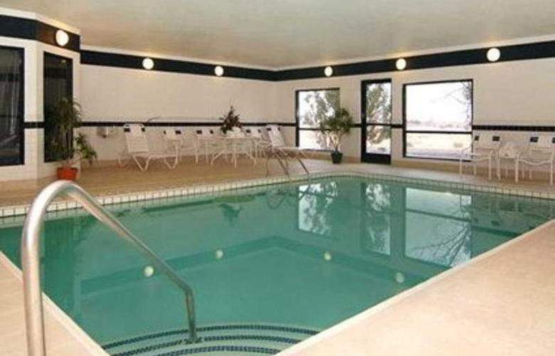 Comfort Suites Las Cruces - Pool - 8