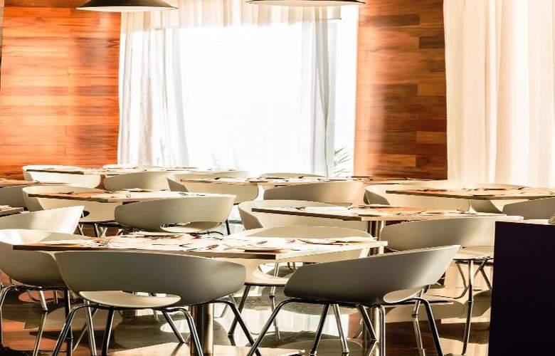 Fiesta Inn Merida - Restaurant - 77