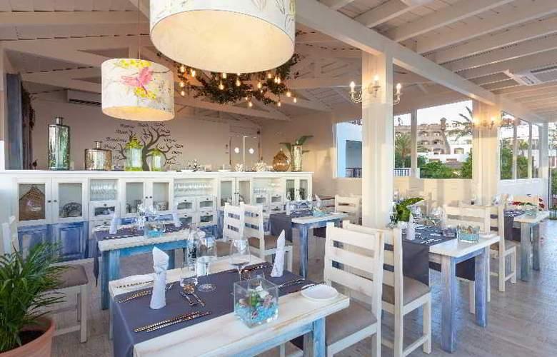 Gran Castillo Tagoro Hotel & Resort - Restaurant - 31