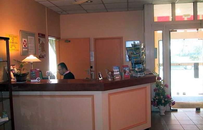 Interhotel Relais St-Eloi - Hotel - 0
