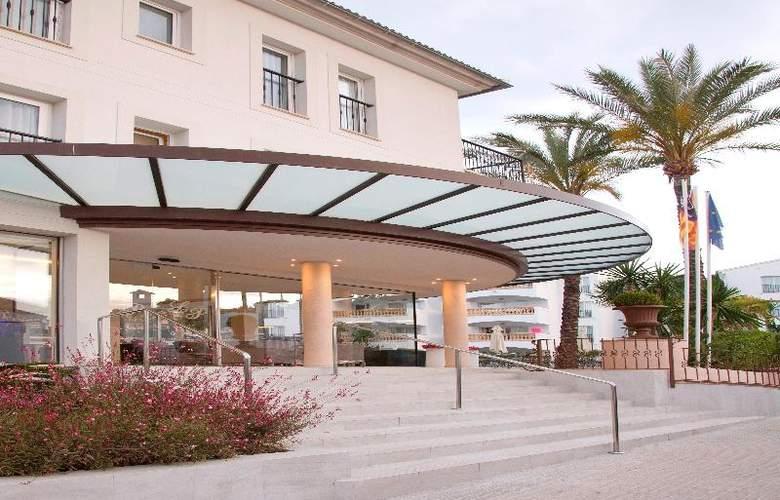 La Pergola Aparthotel - Hotel - 8