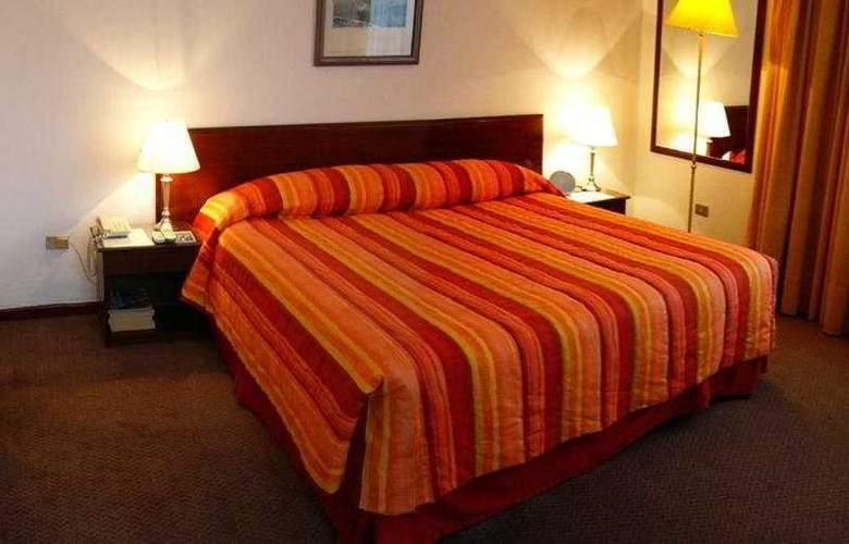 Alcala del Rio - Room - 4