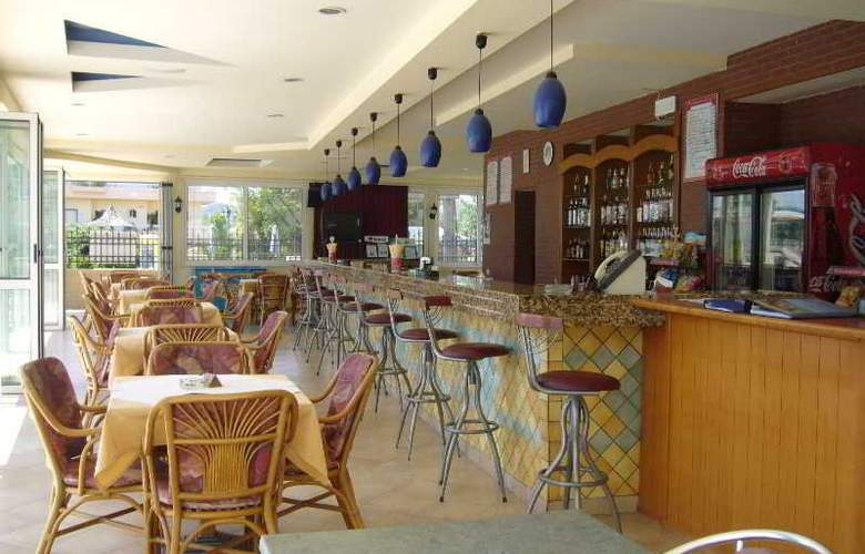 Rhodian Rose Hotel - Bar - 6