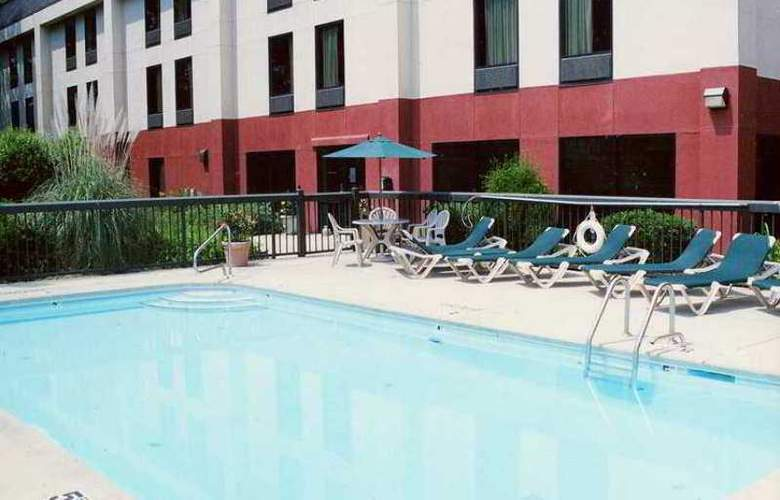Hampton Inn Sanford - Hotel - 3