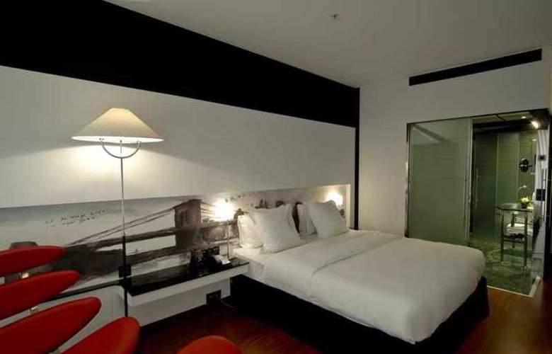 Hilton Madrid Aeropuerto - Hotel - 9