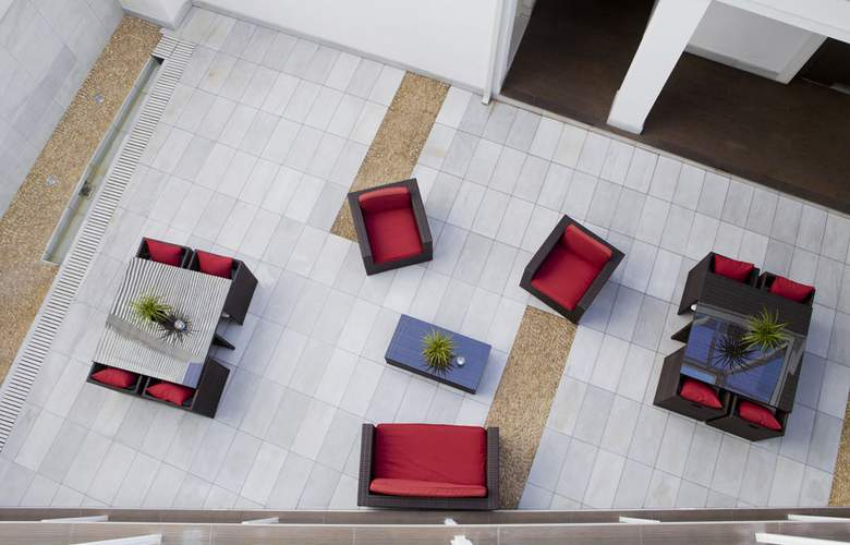 La Boutique Puerta Osario - Terrace - 4