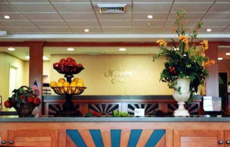 Hampton Inn Ft. Lauderdale Commercial Blvd - Hotel - 3