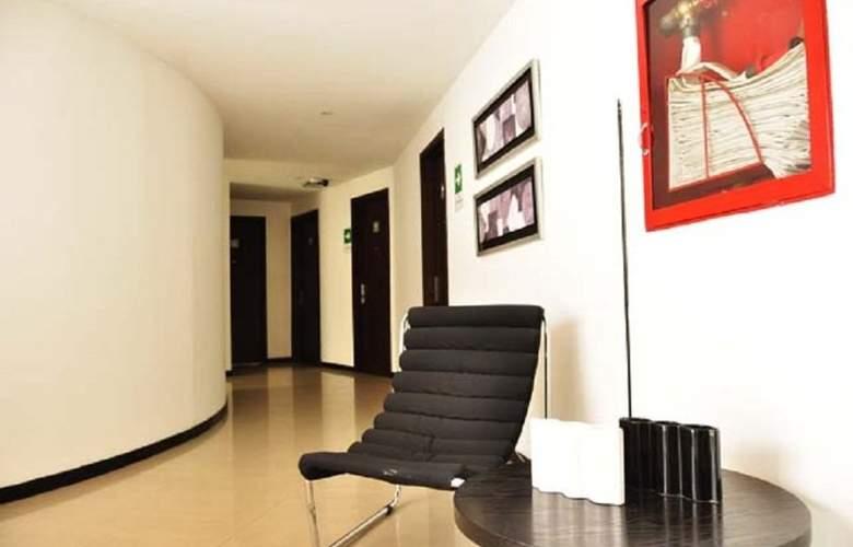 Innova Centro Internacional - Hotel - 0