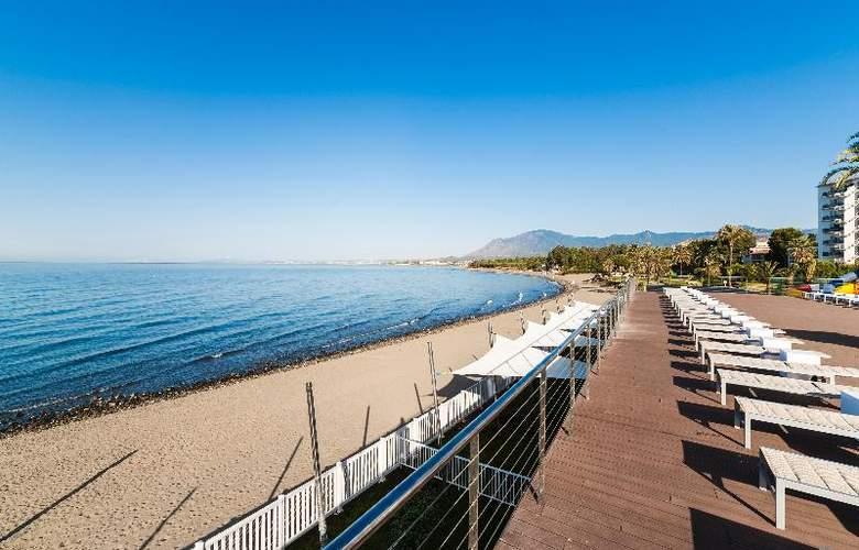 Globales Playa Estepona - Beach - 40