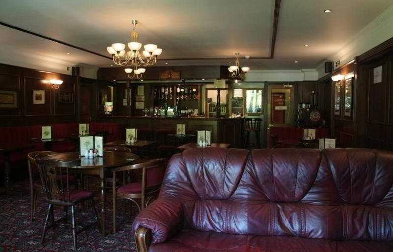 Gatwick Belmont - Bar - 4