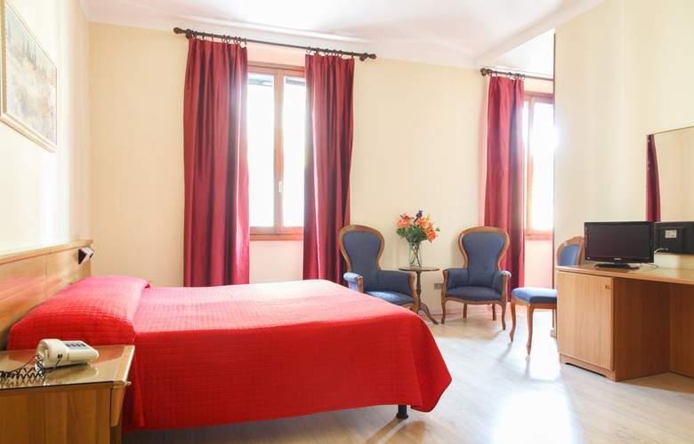Basilea - Room - 5