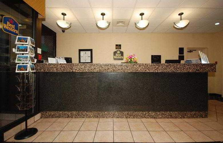 Best Western Springfield - Hotel - 26