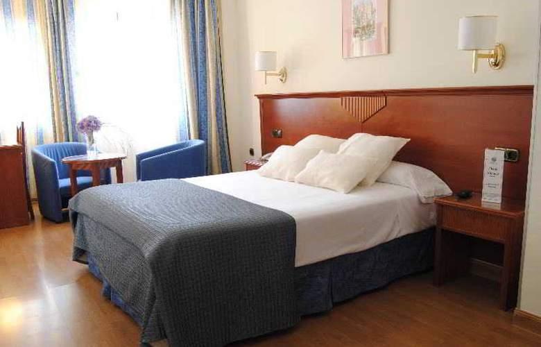 Alixares - Room - 14