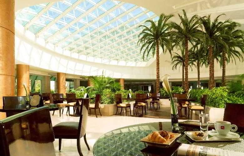 Heliopolis - Restaurant - 12