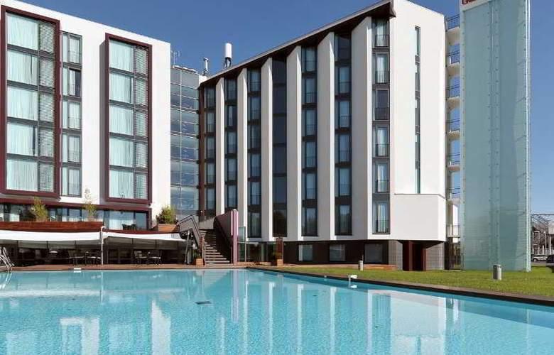 Hilton Garden Inn Venice Mestre San Giuliano - Pool - 14
