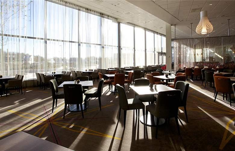 Clarion Hotel Arlanda Airport - Restaurant - 12