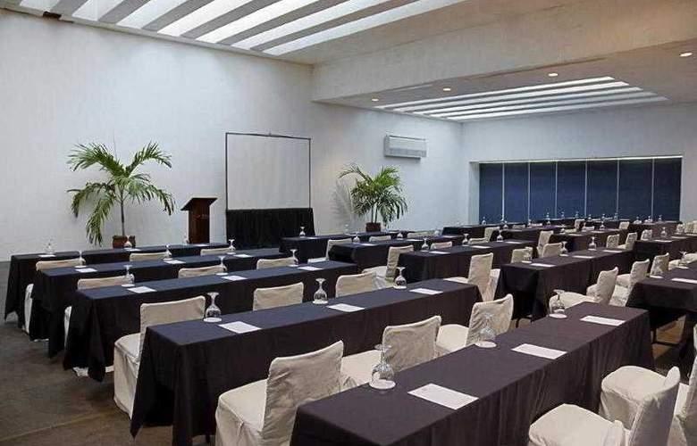 Las Brisas Huatulco - Hotel - 9