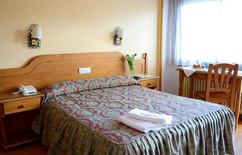 Mi Casa - Room - 9