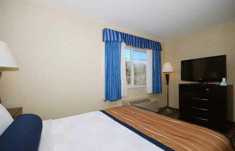 Berkshire Hills Inn & Suites - Hotel - 1