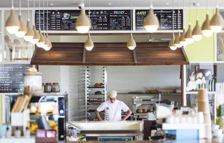 A La Carte Danang Beach - Restaurant - 28