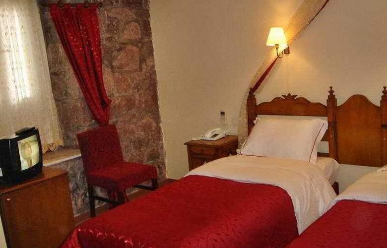 Assos Nazlihan Hotel - Room - 6
