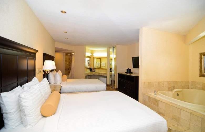 Best Western Plus Laguna Brisas Spa Hotel - Room - 32
