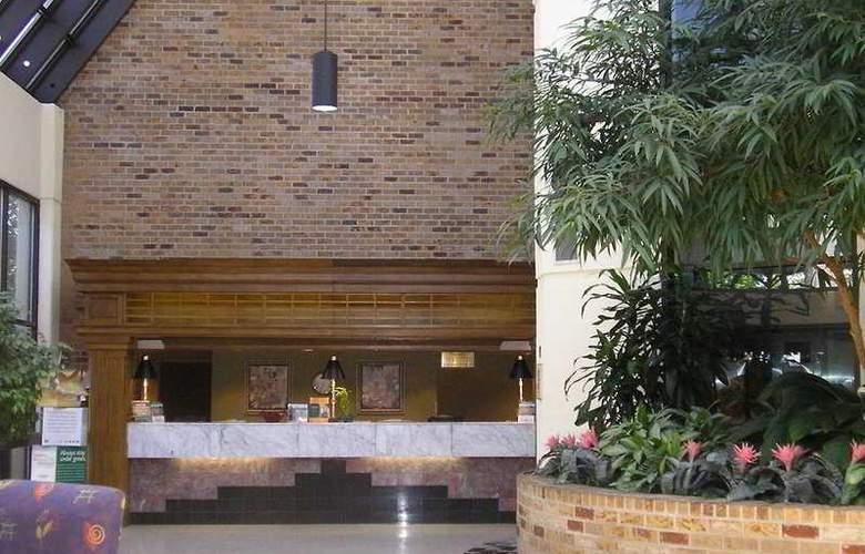 Holiday Inn Select Peachtree Corner - Hotel - 0