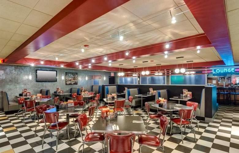 Best Western Wynwood Hotel & Suites - Restaurant - 110
