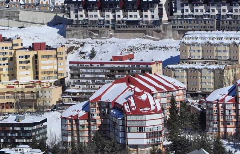 Apartamentos Bulgaria - Hotel - 2