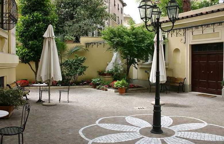 Prime Hotel Villa Torlonia - Terrace - 11