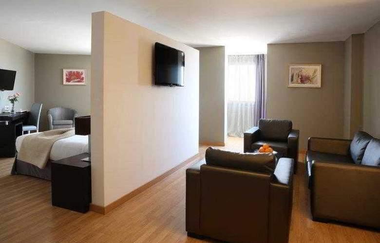 Best Western Plus Liberte Hotel - Hotel - 34