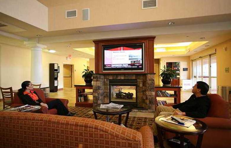 Hampton Inn & Suites Woodland Sacramento Area - Hotel - 0