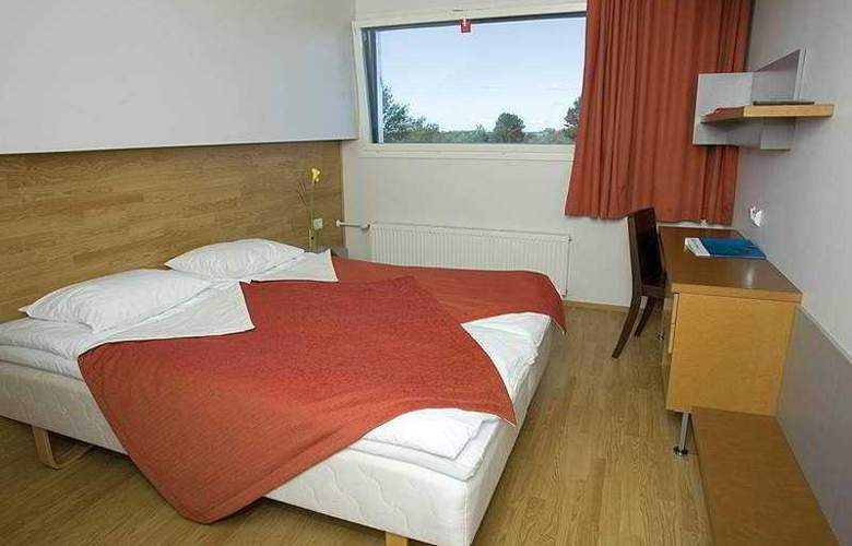 Go Hotel Shnelli - Room - 4