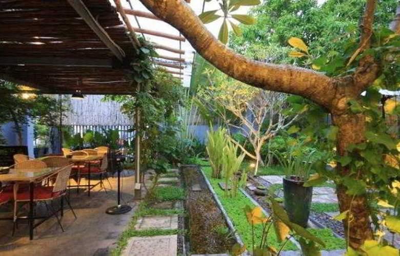 Frangipani Villa 90s - Hotel - 9