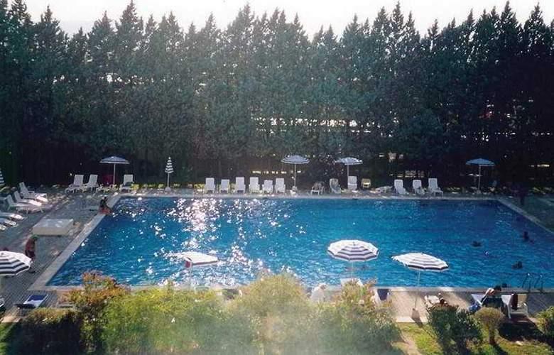 Hotel Della Torre - Pool - 2