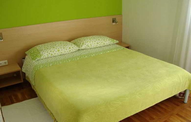 Apartments Bibic - Room - 1
