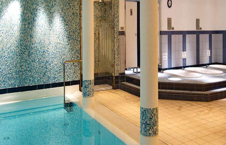 Radisson Blu Palace, Noordwijk-aan-zee - Pool - 11