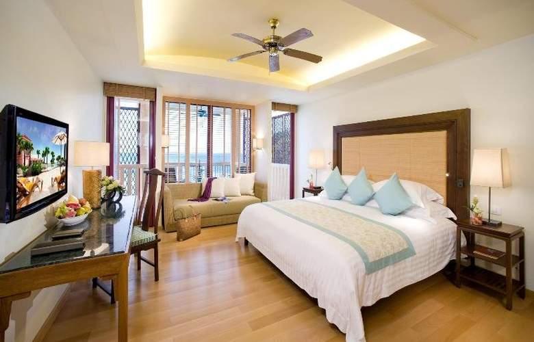Centara Grand Beach Resort Phuket - Room - 18