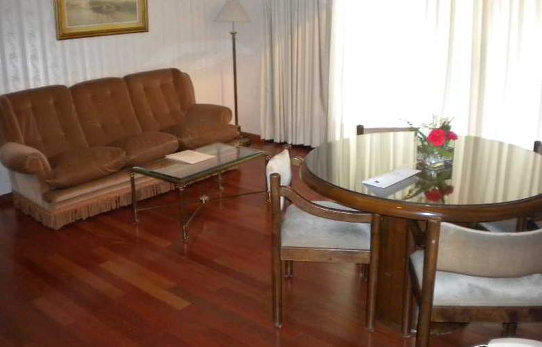 Feirs Park Hotel - Room - 10