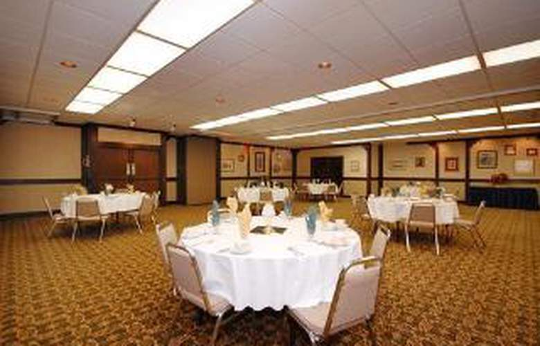 Clarion Hotel - General - 2