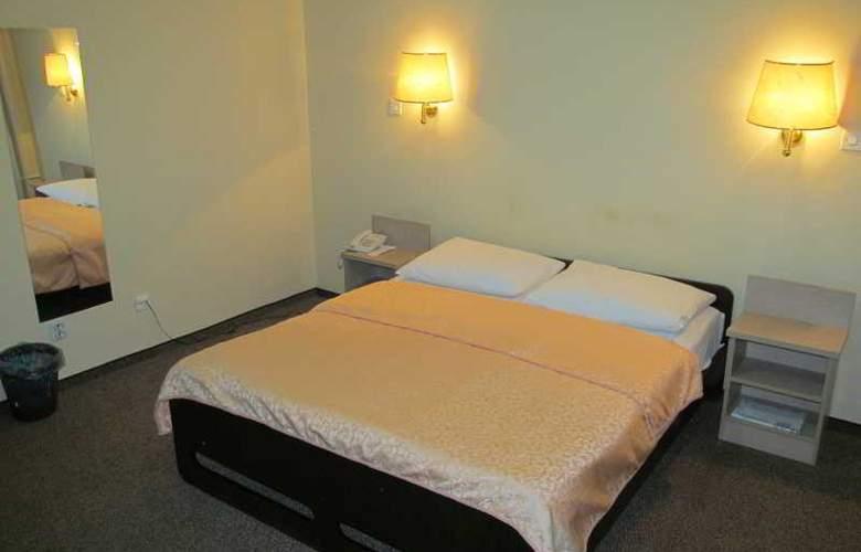Hotel Vojvodina - Room - 2