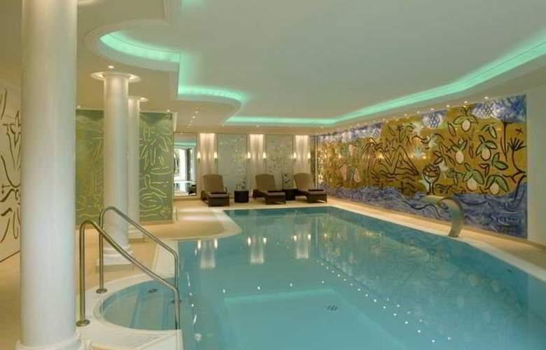 Hotel a la Cour D' Alsace - Pool - 4