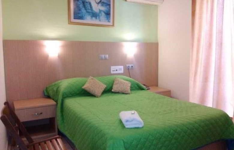 Voula - Room - 6
