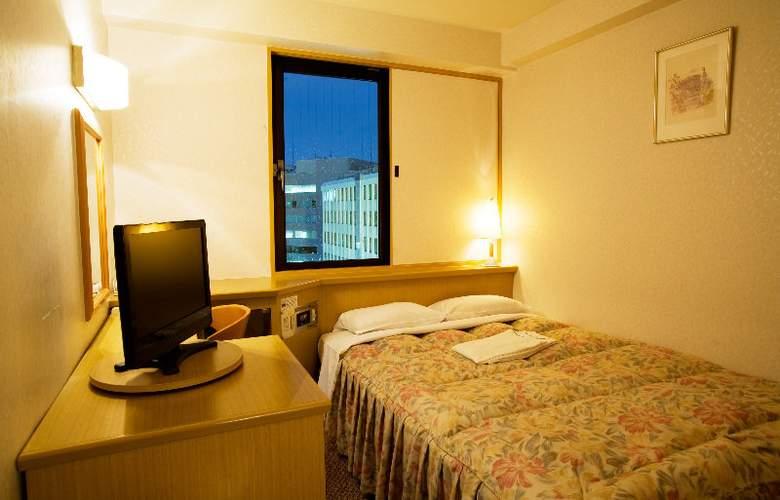 Toyo - Room - 11