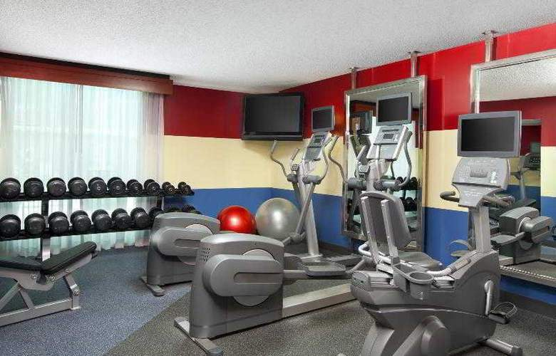 Four Points by Sheraton Houston Memorial City - Sport - 21