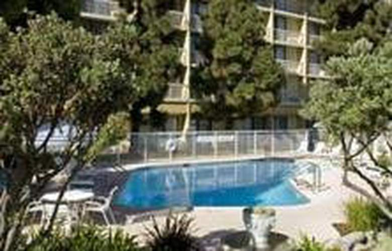 Courtyard By Marriott Oxnard - Pool - 2