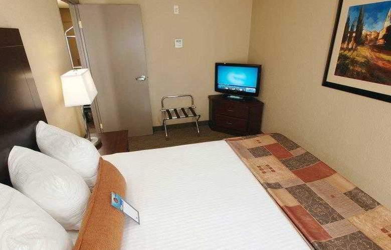 Best Western Pembina Inn & Suites - Hotel - 22